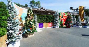 Christmas Disney Springs